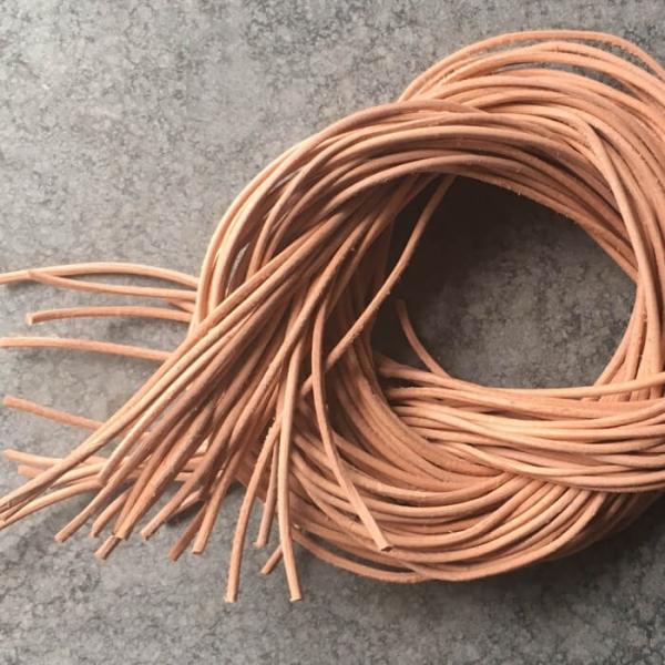 1 Meter Lederband Ø 1mm natur
