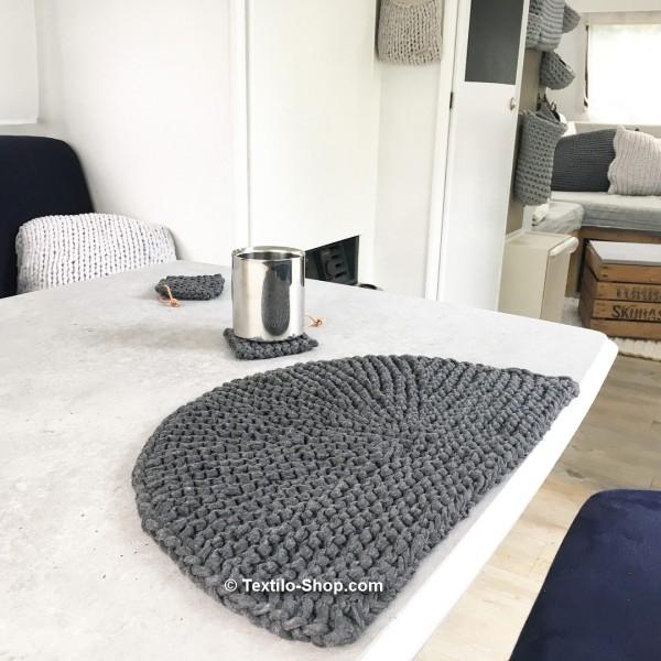 Beispiel-Tischset-aus-Baendchengarn-1080px-3-1