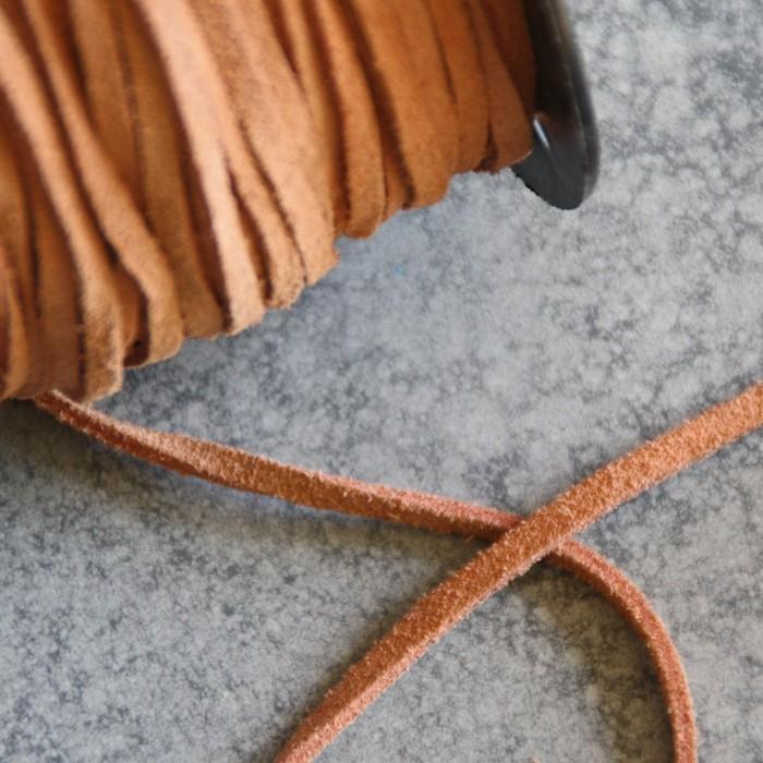 1 Meter Lederband Natur D=4 mm