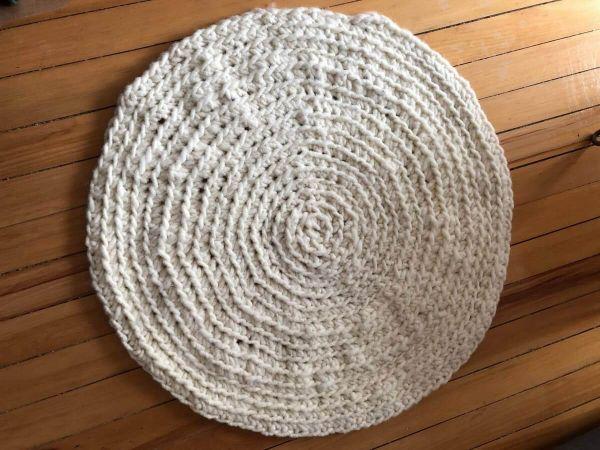 Kundenprojekt-Teppich-aus-Wollschnur-von-Charlotte-2pVBHzleage8Rc