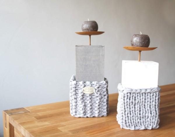 Kerzenständer Gr. L in Grau und Gr. M. in Weiß