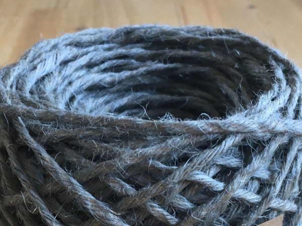 Jutegarn grau zum häkeln und stricken